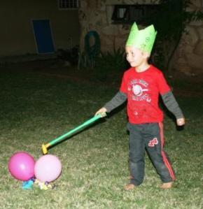 4 mei timon is jarig familielukens 39 s blog for Timon begeleid wonen
